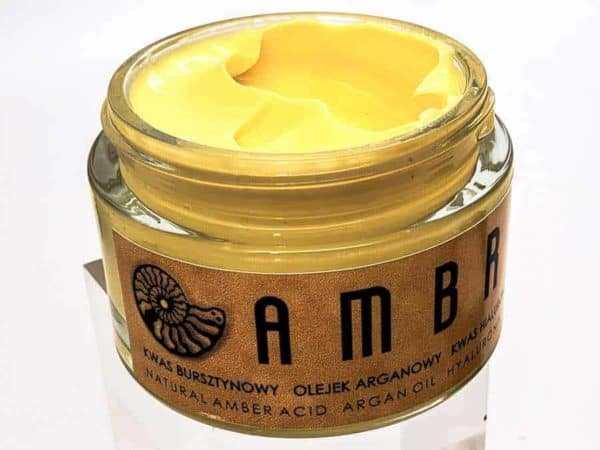 natural anti-wrinkle prenention cream made with amber by Imperial Time